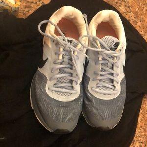 Women's Nike sneakers size 10.5